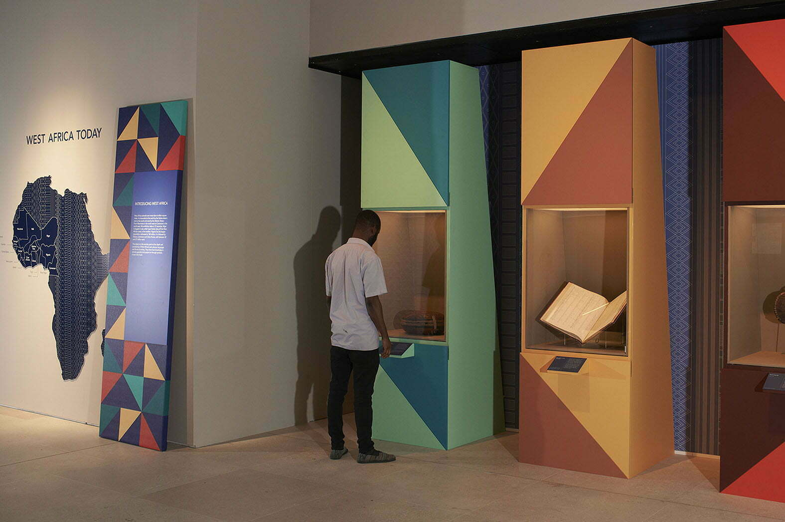 02_Lombaert_Studio_British_Library_West_Africa_06