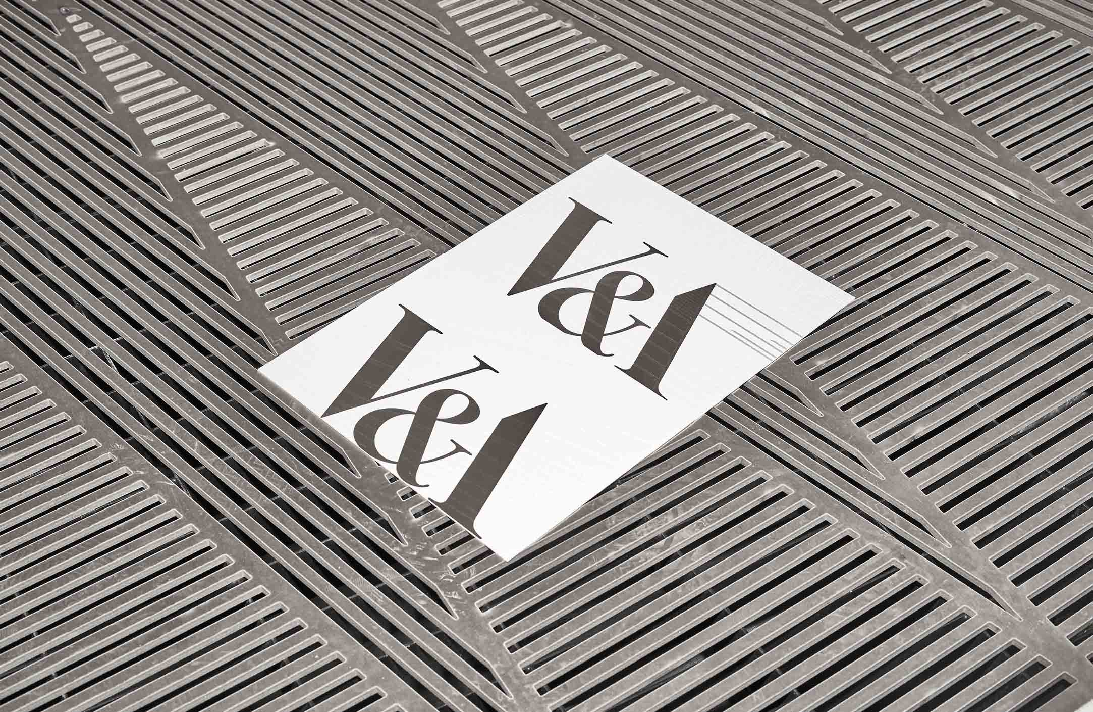 _04_Lombaert_Studio_V&A_invitation_design_16LR