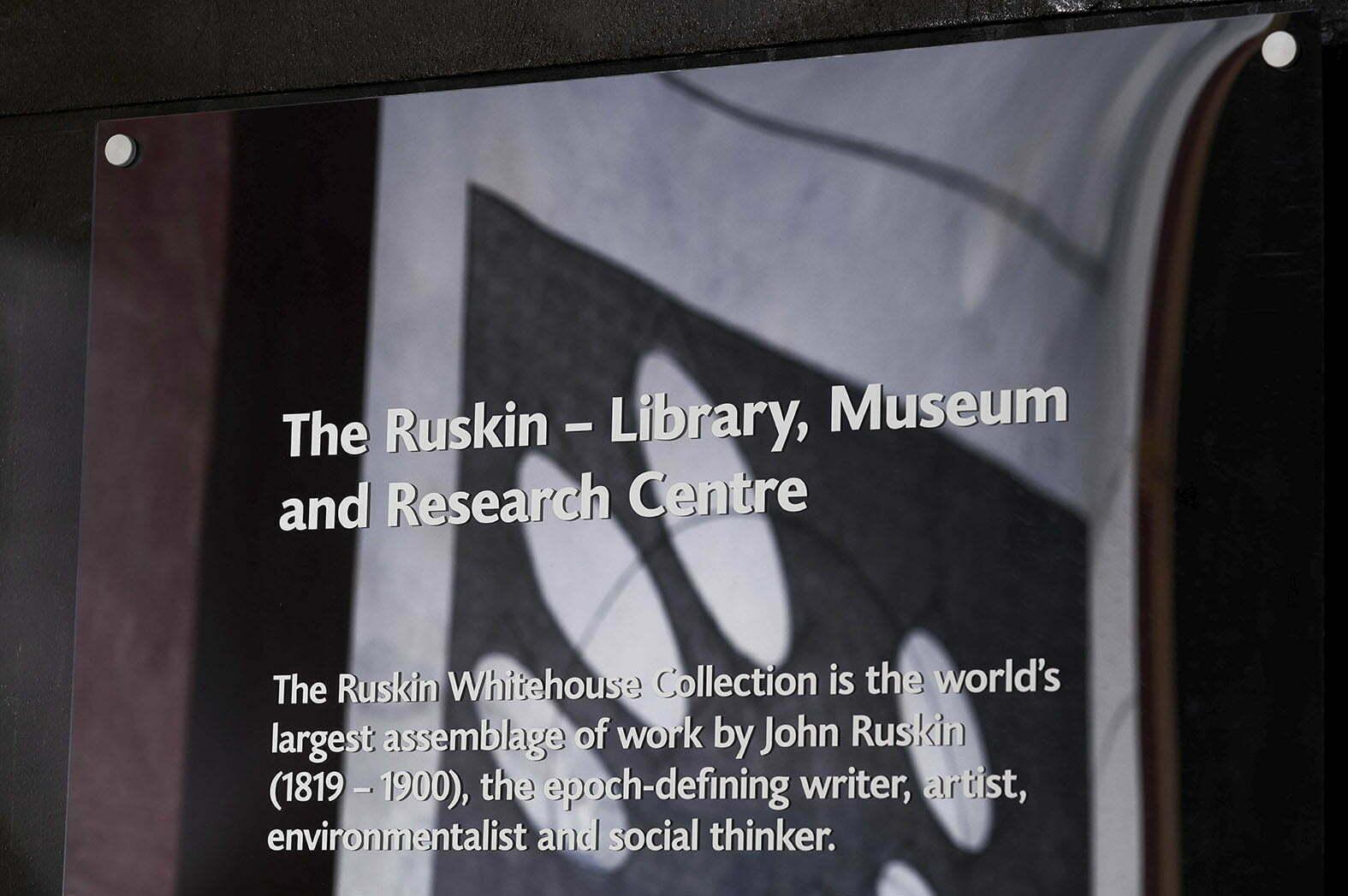 06_Lombaert_Studio_Ruskin_Lancaster_Museum_06