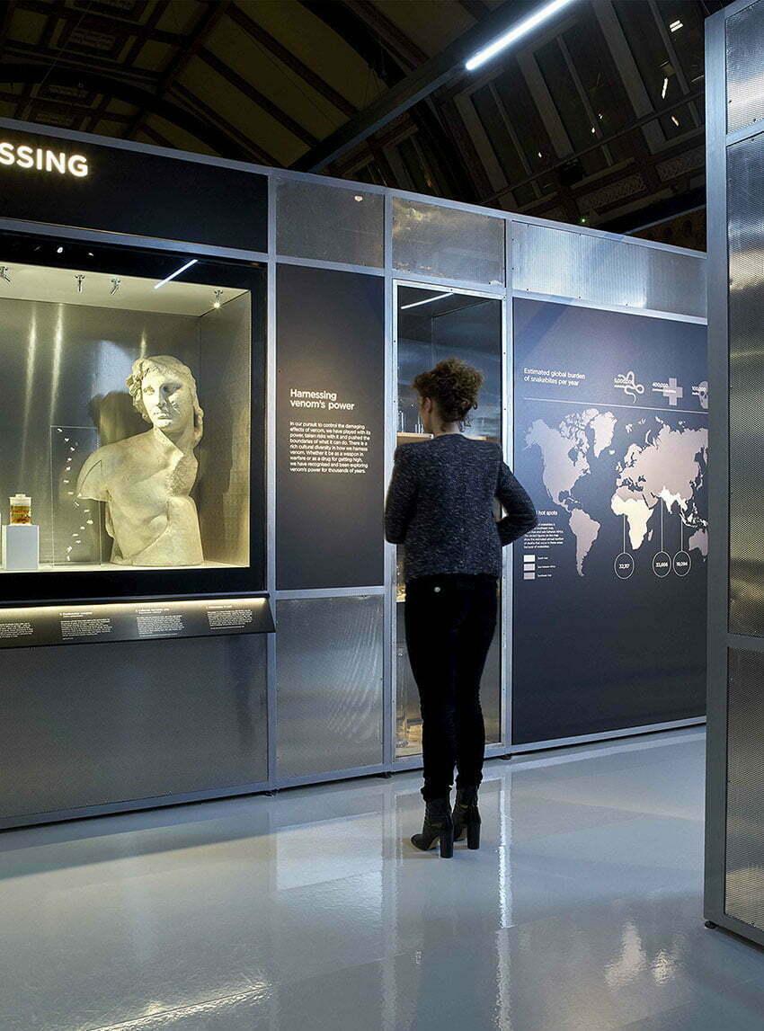 11_Lombaert_Studio_Natural_History_Museum_Venom_20